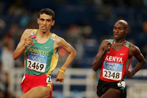 Hicham El Guerrouj enfin champion olympique, sur 1500m devant Bernard Lagat