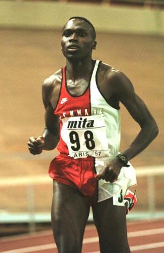 Deux records du monde du 800m en salle aux mondiaux de Paris-Bercy