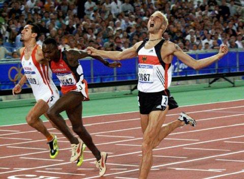 Wilson Kipketer manque d'un rienle titre olympique à Sydney 2000